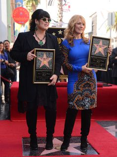 Nancy Wilson Heart, Best Rock, Hollywood Walk Of Fame, Rock And Roll, Annie, Musicals, Grunge, Photos, Beautiful