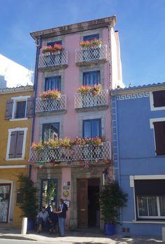 Pink façade . Leucate ~