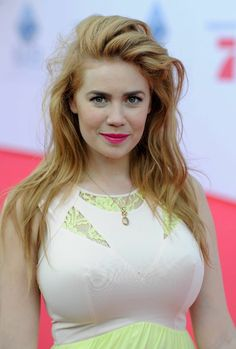 Mouth Full of Tits – Tits so huge they don't want to be locked in a stupid shirt. Come on ladies. LET THEM FREE! German Girls, Redheads, Hot, Life Is Good, Most Beautiful, Breast, Celebrities, Sexy, Pretty