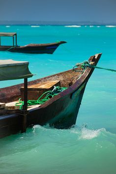 Wonderful Zanzibar http://www.travelandtransitions.com/destinations/destination-advice/africa/