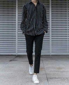 Stylish ideas for casual korean fashion 014 Korean Fashion Trends, Kpop Fashion, Mens Fashion, Fashion Outfits, Korean Male Fashion, Korean Men, Korean Style, Mode Ulzzang, Ulzzang Boy