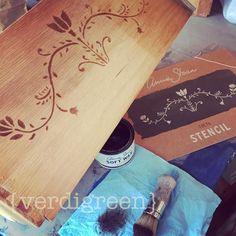 | Dark Wax by Annie Sloan | Annie Sloan Stencil | Drawer Side Surprise | The Tutorialist – Stencils for All | Chalk Paint® by Annie Sloan | Verdigreen