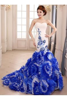 dresswe.com Offers High Quality Glamous China Style 3-D Flowers Sweetheart Sheath Mermaid Court Train Prom Dresse,Priced At Only US$374.99