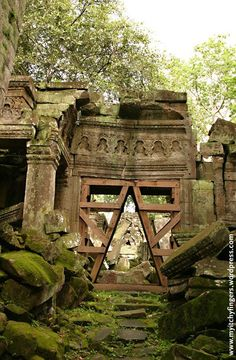 Tomb Raiding the Tree-strangled Temple – Angkor Wat, Siem Reap, Cambodia Trip Laos, Beautiful Ruins, Beautiful Places, Abandoned Buildings, Abandoned Places, Machu Picchu, Places To Travel, Places To See, Places Around The World