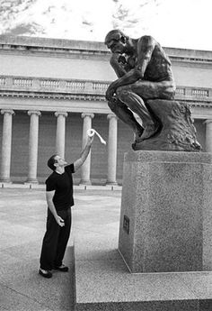 """Robin Williams and """"Le Penseur"""" (""""The Thinker"""") sculpture by Auguste Rodin. Photo by and copyright Arthur Grace, courtesy Sotheby's. via Monica Bragagnoli Auguste Rodin, Rodin The Thinker, Statue En Bronze, Legion Of Honour, Make Me Smile, Atlanta, Funny Pictures, Awkward Pictures, Funny Memes"""