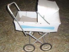Stará kočárek pro panenky Prams, Retro, Baby Strollers, Miniatures, Dolls, Children, Vintage, Baby Prams, Baby Dolls