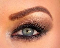 Natural eye using the Naked Palette.