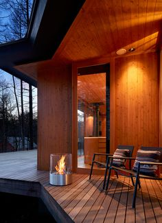 Safe and Ambient Fire – Year Round | Habitus Living Outdoor Rooms, Outdoor Living, Outdoor Decor, Ethanol Fireplace, Fireplaces, Latest Kitchen Designs, Custom Fireplace, Rooftop Patio, Traditional Fireplace