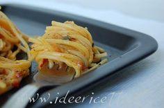 Forchettata spaghetti alla carbonara di 'nduja nel piatto