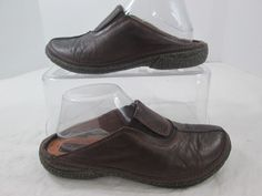 Clarks Artisan Brown Leather Slip On Clogs Mules Slides Women Shoes Size 7.5 M #Clarks #Clogs #Casual