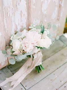 Wedding Flower Arrangements - This Tennessee wedding has it all - a madly in love bride and groom, beautiful bridesmaids and handsome groomsmen - including country singer Thomas Rhett! Bright Wedding Flowers, Romantic Wedding Flowers, Cheap Wedding Flowers, Rose Wedding Bouquet, Wedding Flower Arrangements, Bridal Flowers, Bridesmaid Bouquet, Floral Wedding, Fall Wedding