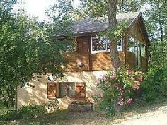 Location Beau chalet dans parc arbore - Pays Cathare - Aude   Location de vacances à partir de Generville @homeaway! #vacation #rental #travel #homeaway