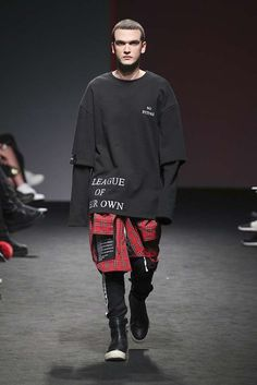 VALDES Fall-Winter 2017/18 - Seoul Fashion Week
