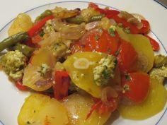 Briam, griechischer Gemüseauflauf mit Tofu, vegan, laktosefrei