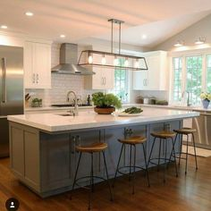 kitchen remodel with island \ kitchen remodel ; kitchen remodel on a budget ; kitchen remodel before and after ; kitchen remodel with island ; Farmhouse Kitchen Lighting, Modern Farmhouse Kitchens, Home Decor Kitchen, Diy Kitchen, Kitchen Interior, Home Kitchens, Kitchen Dining, Kitchen Ideas, Kitchen Furniture