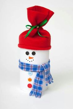 Oatmeal container snowman