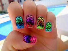 Some of you probably bite your nails, can't have them to grow or can't achieve a professional look. In this post you can see 19 amazing gel nail designs. Fancy Nails, Love Nails, How To Do Nails, Pretty Nails, Pretty Nail Designs, Nail Art Designs, Manicures, Gel Nails, Nail Polish