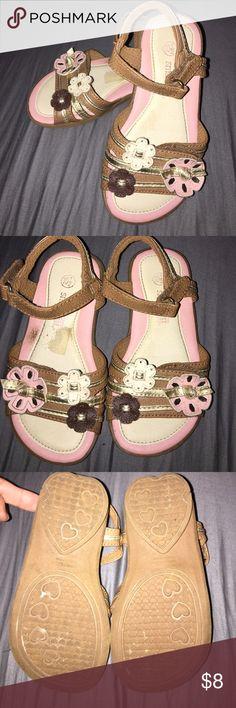 Girls flower sandals Lots of wear left! Smart Fit Shoes Sandals & Flip Flops