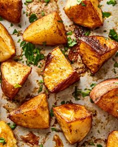 These Sheet Pan Cajun Spiced Potatoes are the flavorful and easy side dish you have been looking for. They jazz up any weeknight meal or dinner. Cajun Potatoes, Cheesy Mashed Potatoes, Making Mashed Potatoes, Baked Potatoes, Hasselback Potatoes, Leftover Mashed Potato Pancakes, Best Baked Potato, Scalloped Potato Recipes, Potato Dishes