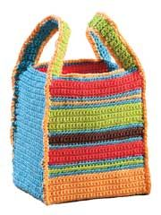 a crocheted lunch bag.. what a wonderful idea !! not really a pattern, but SUPER easy to figure this one out :-)))