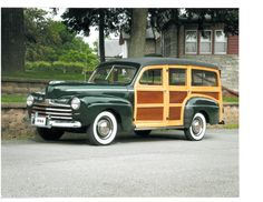 1946 Ford Station Wagon. In Caribbean Freedom (third & final Island Legacy Novel), Mariela's grandfather drives an old Woodie Wagon like this one. For more info, visit me at www.terimetts.com and ck under Novels. Vintage Bikes, Vintage Trucks, Beach Wagon, Woody Wagon, Ford Classic Cars, Hot Rod Trucks, Classic Motors, Station Wagon, Old Cars