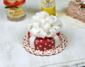 Parcel Cake - 12th Scale Miniature