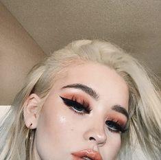 Discover more about eye makeup tips & tutorials Makeup Goals, Makeup Inspo, Makeup Art, Makeup Inspiration, Makeup Tips, Makeup Trends, Cute Makeup, Pretty Makeup, Beauty Make-up