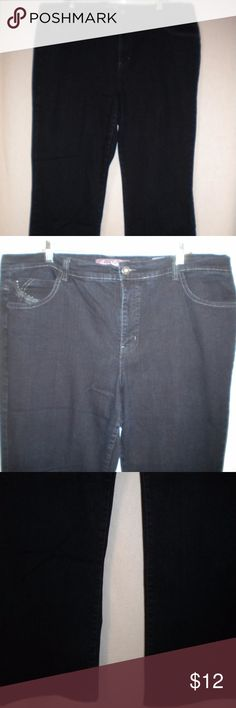 "Gloria Vanderbilt Women Plus 20W Boot Cut Jeans Barely Worn. Gloria Vanderbilt Women Plus Size 20W X 31"" Inseam Jeans. Dark Wash.  Zipper with a metal button.  Two front pockets and a small coin pocket. Two back flap buttoned pockets.  Alana.  Bootcut. Made of 85% Cotton, 14% Polyester and 1% Spandex. Waist approximately 45 inches measuring all the way around, lying flat approximately 22 inches for a total of approximately 44 inches, front rise approximately 12 inches and bottom of leg lying…"