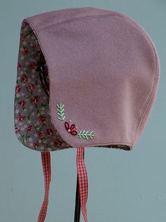 Posie Gets Cozy: Storybook Woods Baby Bonnet Pattern - Sewing For Kids, Baby Sewing, Baby Bonnet Pattern, Bitty Baby Clothes, Simple Embroidery, Baby Bonnets, Baby Blog, Knitted Headband, Getting Cozy