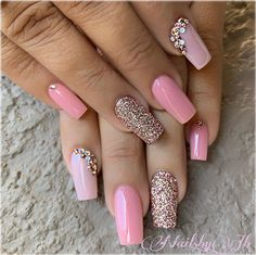 46 Stylish Gel Nail Art for 2019 Swarovski Nails, Rhinestone Nails, Nail Swag, Pointy Nails, Aycrlic Nails, Sparkle Nails, Glitter Nails, Vegas Nails, Nails Design With Rhinestones