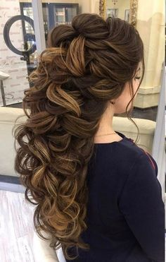 Cute Hairstyles for Long hair for lovely looking girls are here. You will look much cuter in these Cute Hairstyles for Long hair. Cute Prom Hairstyles, Wedding Hairstyles For Long Hair, Wedding Hair And Makeup, Braided Hairstyles, Elegant Hairstyles, Hairdos, Hairstyle Ideas, Blonde Hairstyles, Updos