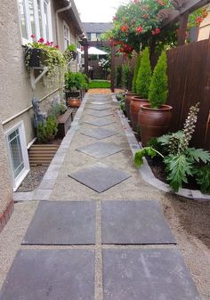 There are no certain rules of how to decorate your side yard. You just need to make sure to get the most of the space available and to keep it neat and