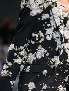 monsieur-j: Givenchy Menswear S/S 2015 Runway Details