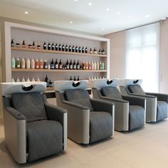 Salon Samuel Rocher - Parigi - Francia, produzione, vendita arredamenti negozi parrucchieri