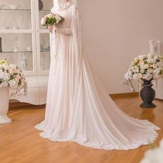 183 Likes, 5 Comments - Tesettür Gelinlikler (islam rüçhan çelik. Wedding Abaya, Hijabi Wedding, Wedding Hijab Styles, Muslimah Wedding Dress, Muslim Wedding Dresses, Muslim Brides, Cute Wedding Dress, Bridal Dresses, Muslim Couples