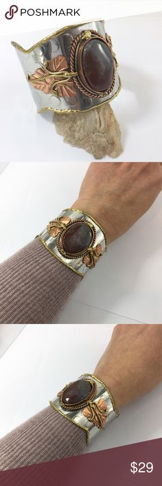 Natural Stone Copper Silvertone Wide Cuff Bracelet Stunning handmade bracelet with burgundy and Gray Agate. This measures 2 1/8 inches wide.this will easily fit up to a 7 1/4 inch wrist. Gift Box Included. Jewelry Bracelets