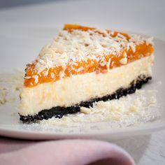 Desserts - Cloudberry and white chocolate cake
