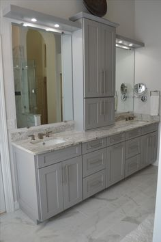 Get the bathroom you desired with the best vanities and vanity tops – – Diy Bathroom Remodel İdeas Bathroom Vanity Designs, Master Bathroom Vanity, Best Bathroom Vanities, Modern Bathroom Design, Small Bathroom, Bathroom Ideas, Bathroom Cabinets, Teenage Bathroom, Bathroom Counter Storage