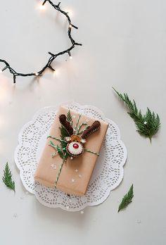 Christmas DIY – Renna in feltro chiudi pacco + packaging