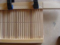În atelier   Atelierul de miniaturi Loom Weaving, Weaving Techniques, Loom Knitting, Yarn Crafts, Rugs, Fabric, Projects, Home Decor, Spinning