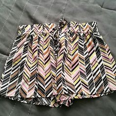 Collective Concepts shorts Chevron pattern, Collective Concepts shorts! Drawstring waist!  Make me an offer! I accept all reasonable offers!  Collective Concepts Shorts
