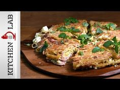 Pasta Frittata by Greek chef Akis Petretzikis. A wonderfully tasty and easy dish to prepare, especially if you have leftover pasta. It's perfect for brunch! Frittata, Salmon Burgers, Cooking Time, Recipies, Brunch, Pork, Tasty, Dishes, Meat