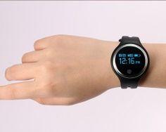 Perfektný FITNESS SMART náramok s mnohými funkciami - biely Smart Watch, Watches, Fitness, Fashion, Moda, Smartwatch, Wristwatches, Fashion Styles, Clocks
