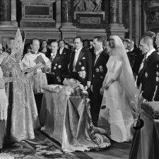 ROME - Het is dinsdag precies 50 jaar geleden dat in Rome prinses Irene in het huwelijk trad met prins Carlos Hugo van Bourbon-Parma. De plechtigheid vond buiten de aanwezigheid van de Nederlandse koninklijke familie plaats in de pauselijke basiliek Santa Maria Magiore.