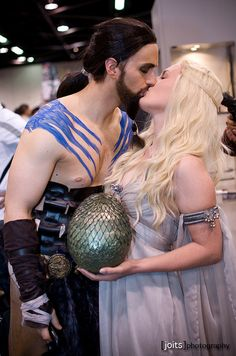Khal Drogo and Daenerys Targaryen, Game of Thrones cosplay.  This could totally be done while pregnant- Khaleesi was after all!
