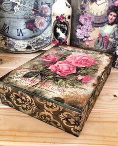 Decoupage Furniture, Decoupage Box, Decoupage Vintage, Cigar Box Crafts, Altered Cigar Boxes, Shabby, Pretty Box, Vintage Box, Home And Deco