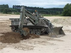 Terrier_MSV_engineer_manoeuvre_support_tracked_armoured_vehicle_BAE_Systems_British_army_United_Kingdom_004.jpg