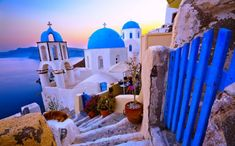 This Company Will Pay You to Take a 3-Month Trip to 47 Cities in 15 Countries Across Europe | This is Italy Santorini Grecia, Santorini Sunset, Santorini Island, Cheap Places To Travel, Places To See, Best Greek Islands, Most Romantic Places, To Infinity And Beyond, Beautiful Islands
