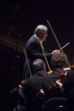 12 Dicembre 2014. Zubin Mehta dirige Anoushka Shankar, l'Orchestra e il Coro del Maggio Musicale Fiorentino. © Michele Borzoni / TerraProject / Contrasto