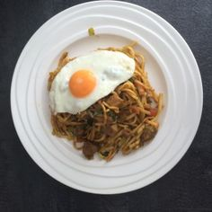 Het recept voor bami zonder pakjes en zakjes Healthy Low Carb Recipes, Healthy Crockpot Recipes, Healthy Meals For Kids, Healthy Meal Prep, Vegetarian Recipes, Dutch Recipes, Asian Recipes, Healthy Diners, Good Food
